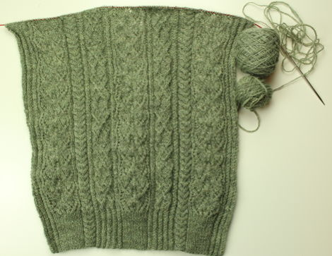 Daffodil, by Marie Wallin, in The Little Grey Sheep Hampshire 4-ply, Dancing with Olive colorway