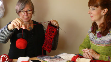 Karin demonstrates two-end or twined knitting, and shows us some original garments