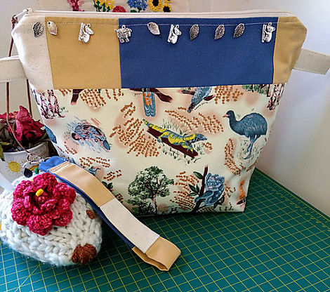 "Thanks to ""Made by Ganache"" for donating this beautiful Aussie project bag!"